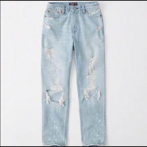 NWT Abercrombie Annie High Rise Girlfriend Jeans
